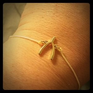 Jewelry - Wishbone bracelet gold